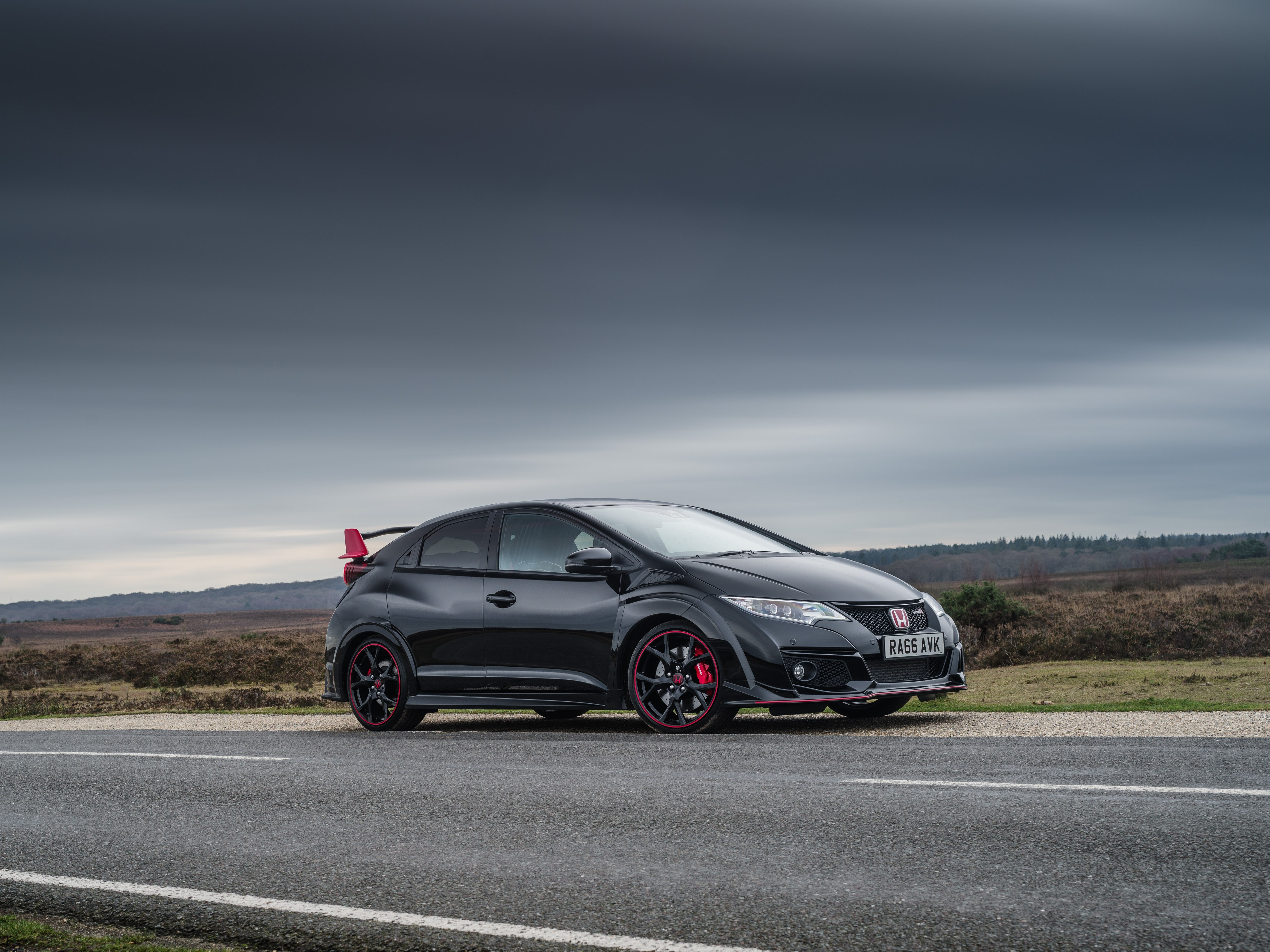 Honda Launches Civic Type R Black Edition To Commemorate ...